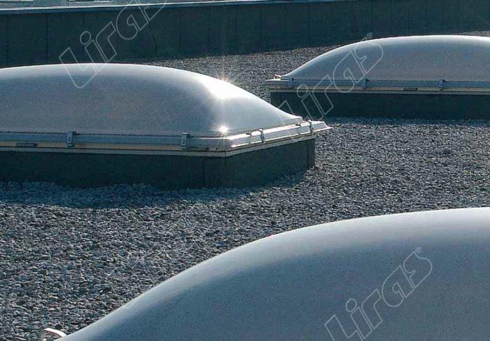 Lucernario industriale in plexiglass - Modello 2